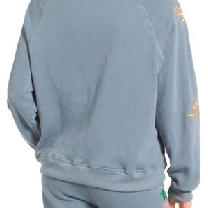 Wildfox Tops - NWT Wildfox Sommers Sweatshirt - Rose embroidered